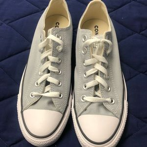 Converse Sneakers- Gray, size 8 (NEW)